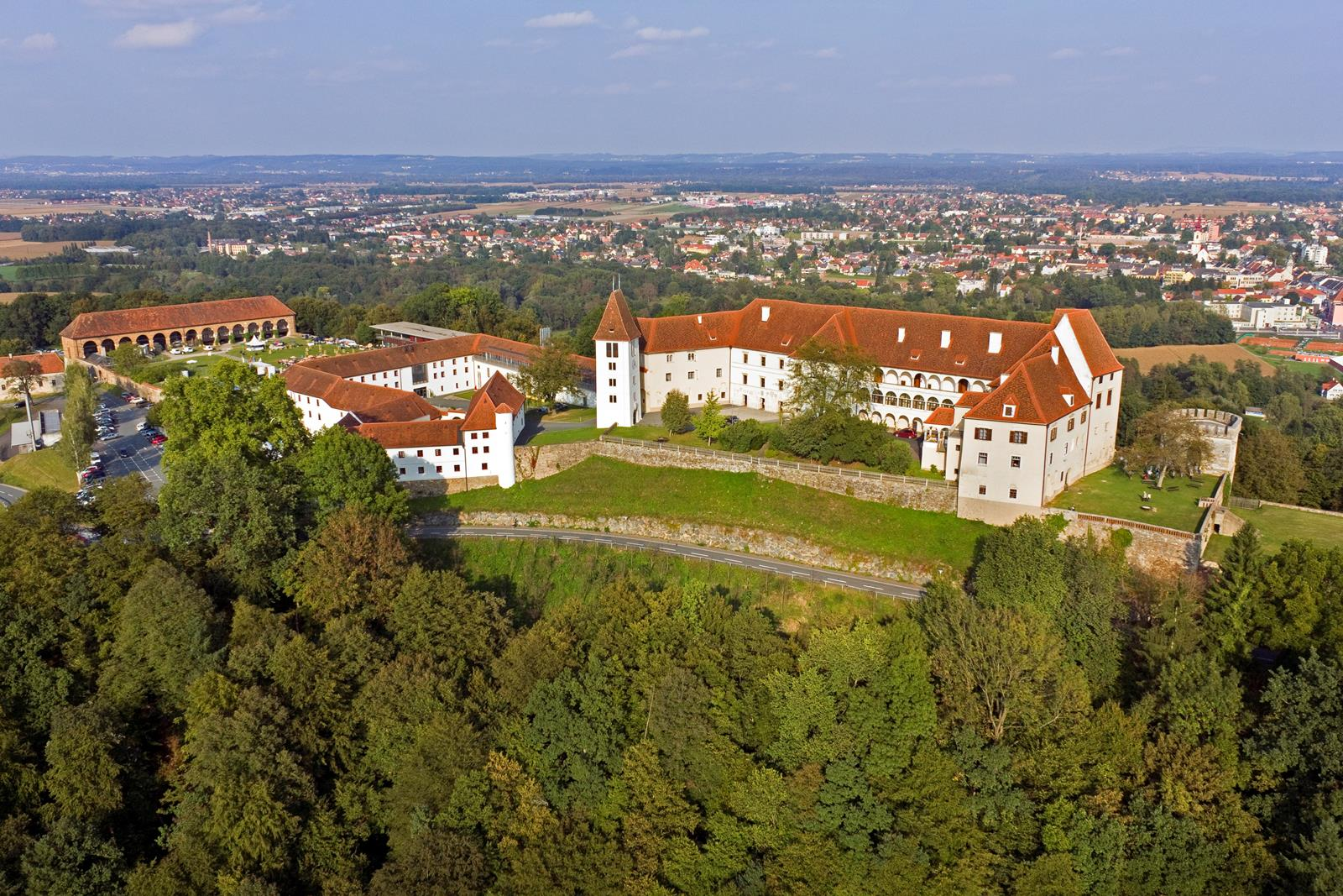 Flugaufnahme XXII Copyright Schloss Seggau