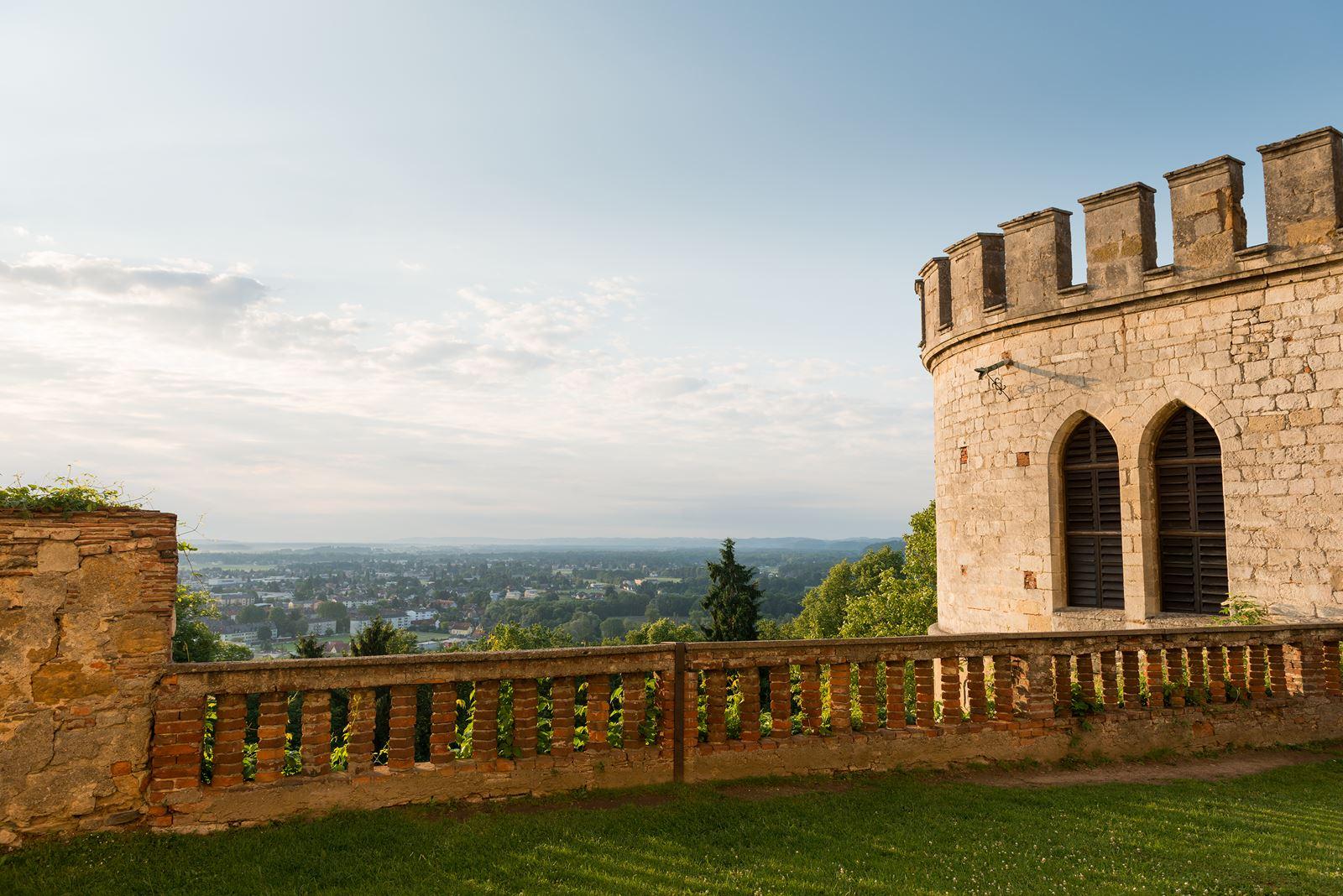 Glockenturm Blick Leibnitz SchlossSeggau Copyright Stefan Kristoferitsch
